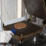 stroopwafel-baking