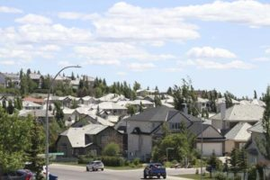 signal hill calgary real estate